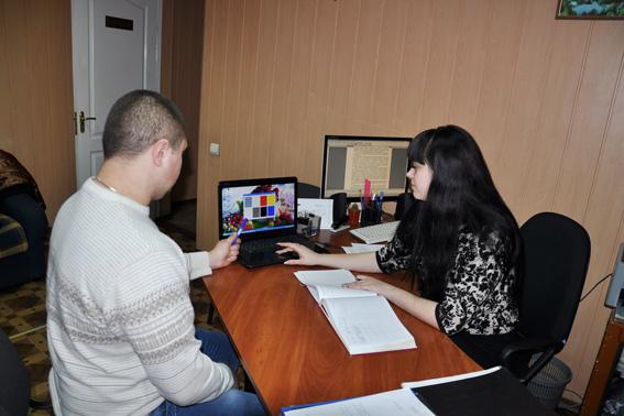У Черкасах проходить відбір працівників call-центру поліції