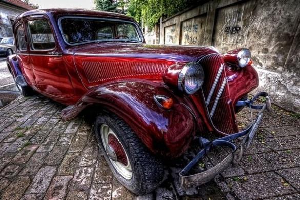 У Черкаській області продають унікальні ретро-автомобілі (ФОТО)