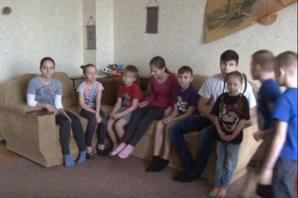 Черкаська родина виховує 11 дітей