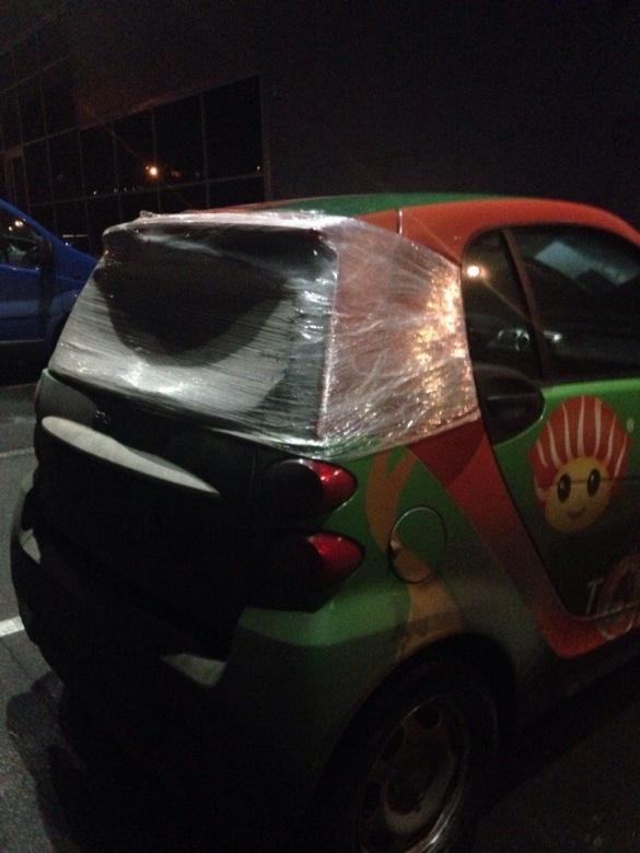 Черкащани показали, як креативно можна відремонтувати автомобіль