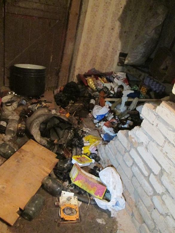 Через безхатьків у Черкасах сталася пожежа у підвалі житлового дому