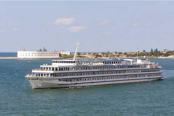 У березні розпочнеться навігація суден Дніпром через Черкаси
