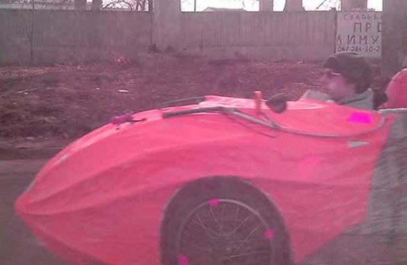 На вулицях Черкас зафіксували неопізнаний транспортний засіб (ФОТО)