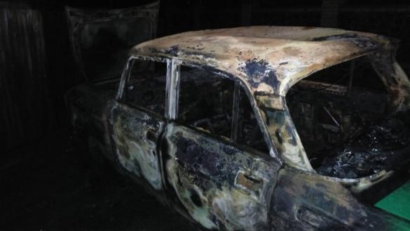 У Черкаській області раптово спалахнула машина