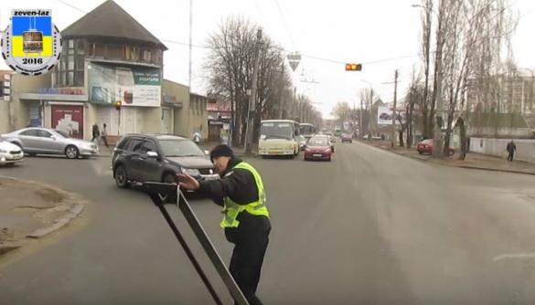 Черкаських тролейбусників вразили нові патрульні (ВІДЕО)
