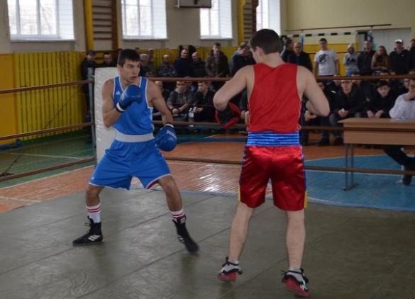 У Черкасах по-святковому визначали кращих боксерів області