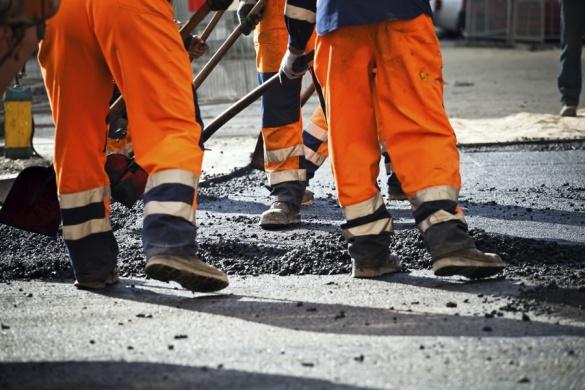 Ремонт доріг на Черкащині не фінансують, а дорожники – без зарплати