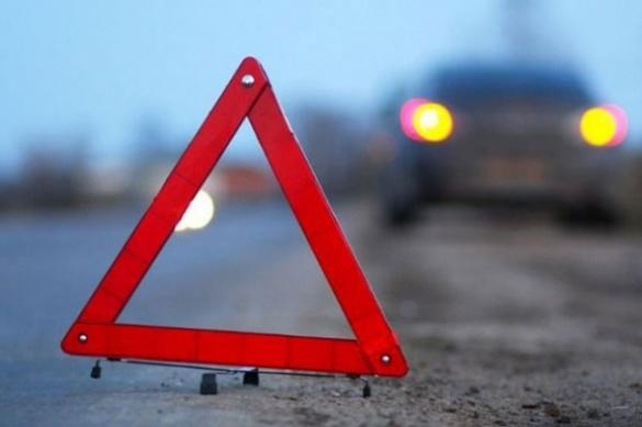 ДТП у Черкасах: авто в'їхало в електроопору (ФОТО)