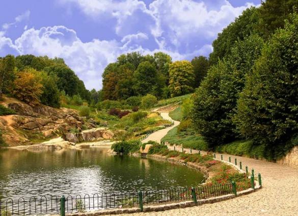 Парк та заповідник на Черкащині увійшли до 10 місць, де має побувати кожен українець