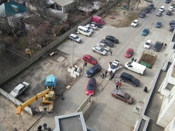 Черкаські депутати під оплески відмінили скандальне будівництво