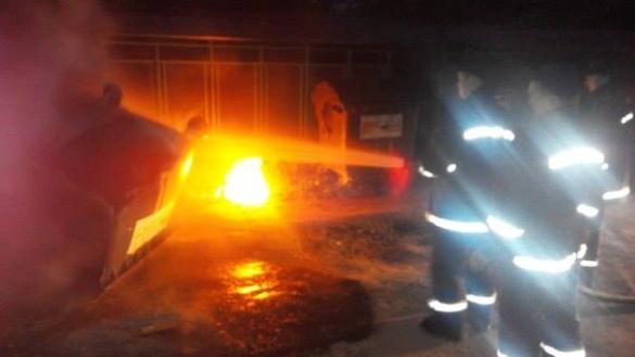 Від недопалків у Черкасах горять сміттєві баки