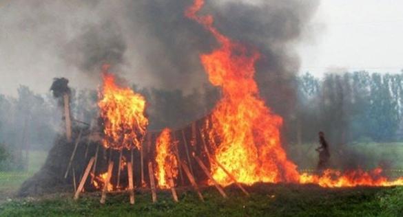 У Черкаській області через людську недбалість горять сінники