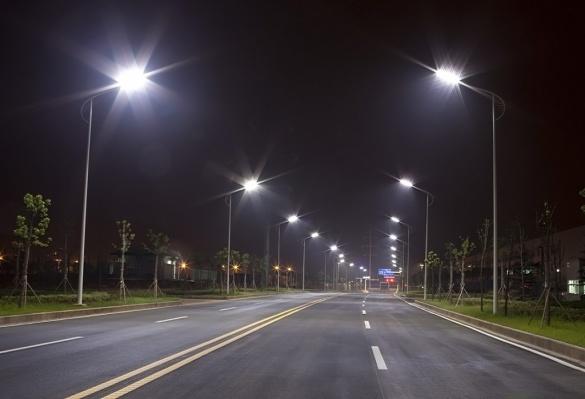 У Черкасах таки встановили 700 нових ліхтарів