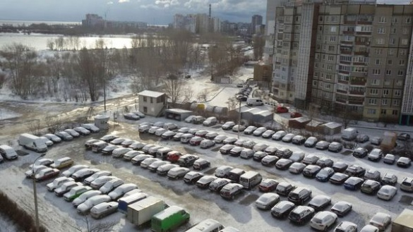 Черкаси за ніч ще більше замело снігом (ФОТО)