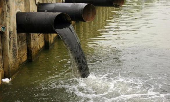 У Черкаській області відходи течуть прямо в річки