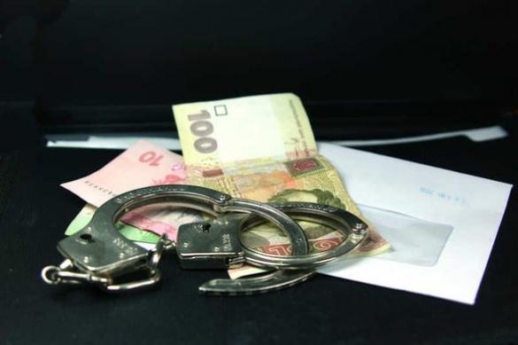 У Черкасах розшукують водія, який намагався підкупити поліцейського