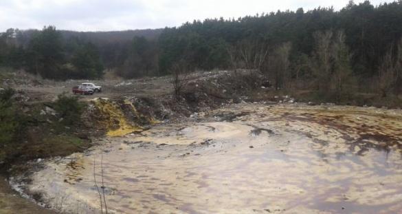 На Черкащині виявили величезне звалище відходів