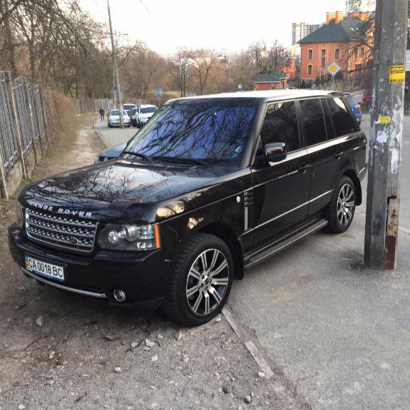 Черкаський мажор на Range Rover став відомим у Києві
