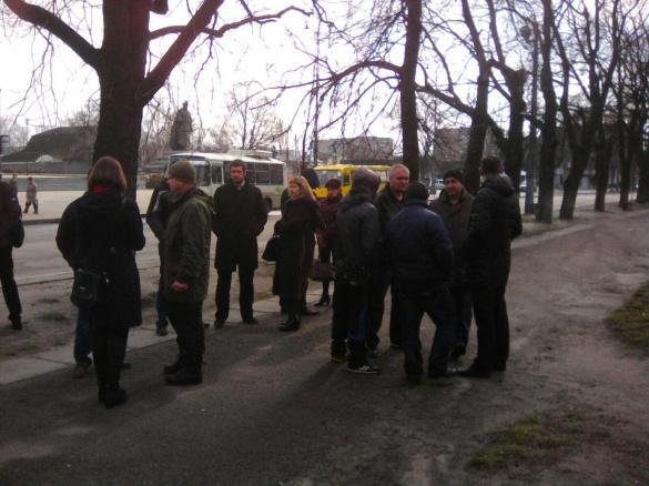 Черкащани біля прокуратури влаштували мітинг на підтримку Пустовара
