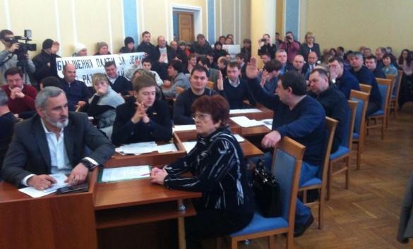 Вони працюють. 7 важливих рішень черкаських депутатів, прийнятих на сесії