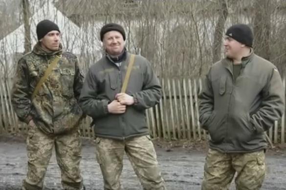 Черкаський гурт влаштував концерт для бійців у зоні АТО (ВІДЕО)