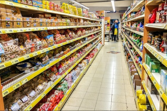 Експерти застерігають людей від неякісних продуктів у черкаських магазинах