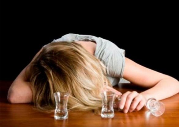 У Черкасах поліція врятувала дітей, які втекли від п`яної матері