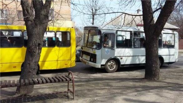 Через маршрутки у Черкасах сталося дві ДТП (ВІДЕО)