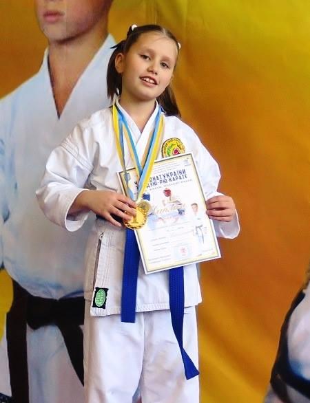 9-річна черкащанка стала чемпіонкою України з карате