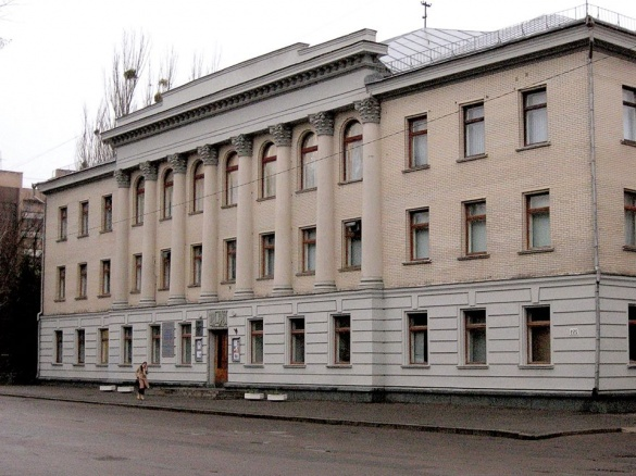 У черкаському музеї представлять роботи АТОвців