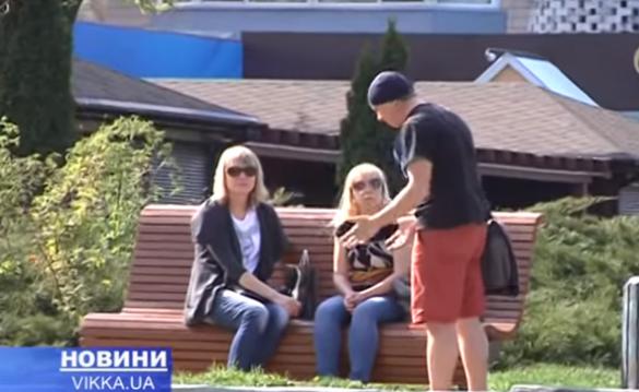 У Черкасах незнайомці чіплялися до жінок з непристойною пропозицією (ВІДЕО)