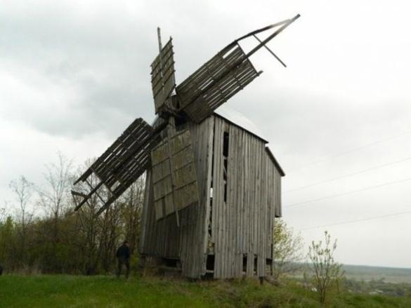 Суботівська пам'ятка архітектури знаходиться в плачевному стані