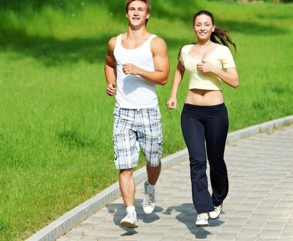 Корисне з приємним: черкасців запрошують на вечірню пробіжку в парку