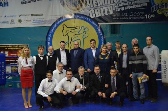 Відомий тренер подякував черкаському депутату за бокс