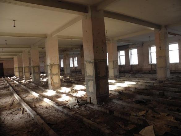 У Черкасах зноситимуть колишні військові казарми (ФОТО)