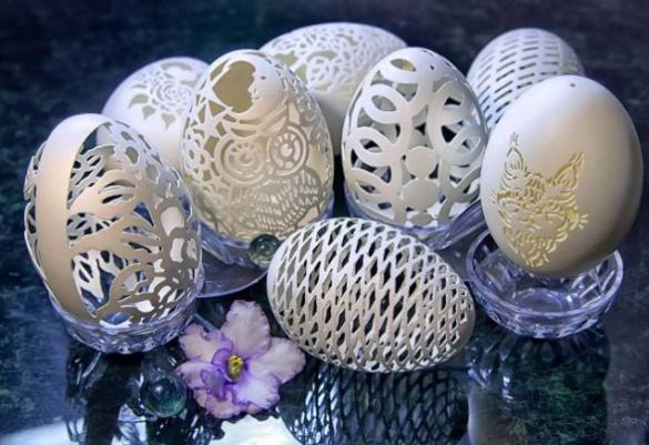 Черкаська майстриня виготовляє унікальні яйця
