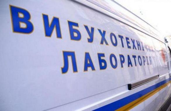 Граната у черкаській маршрутці: вибухотехніки перевірили автобус № 25