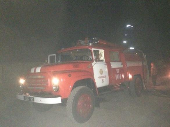 На Черкащині рятувальники всю ніч боролися з пожежею на сміттєзвалищі