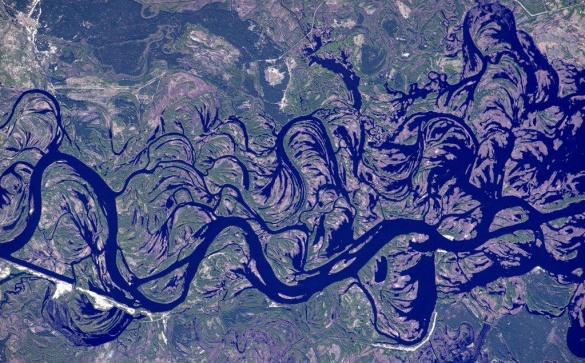 Американський астронавт показав Дніпро з космосу