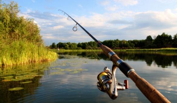 У Черкаській області фермер та селяни не можуть поділити річку (ВІДЕО)