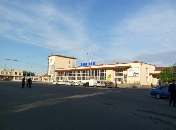 У поліції повідомили результати пошуку вибухівки на залізничному вокзалі