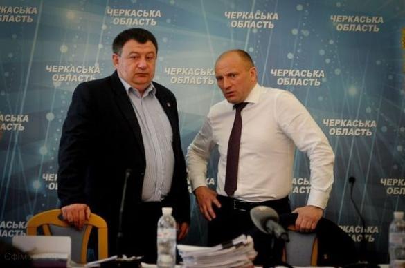 Як працювали депутати Черкаської міськради на сесії (ФОТО)