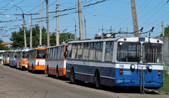 У Черкасах тролейбуси не вийшли на маршрути через дощ