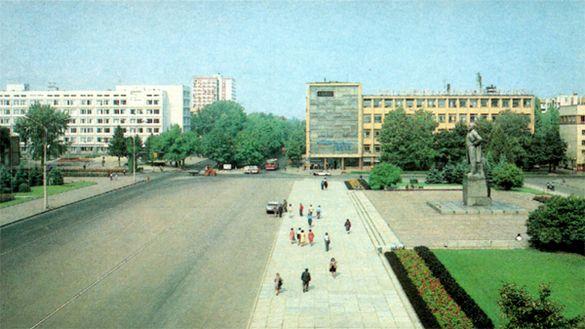 Черкаси — місто семи площ (ФОТО)