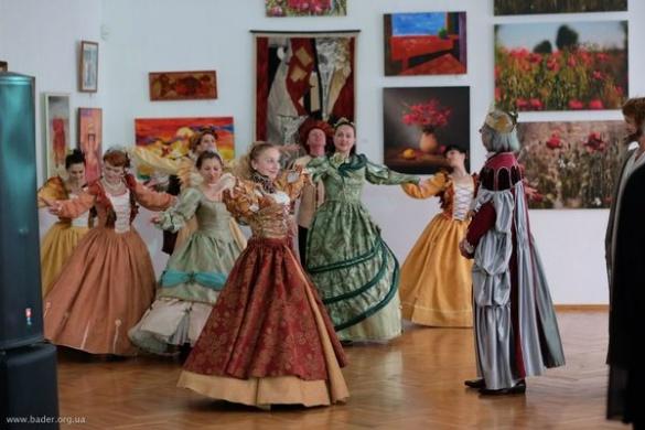 Понад тисячу відвідувачів прийшли вночі до черкаського музею (ФОТО)