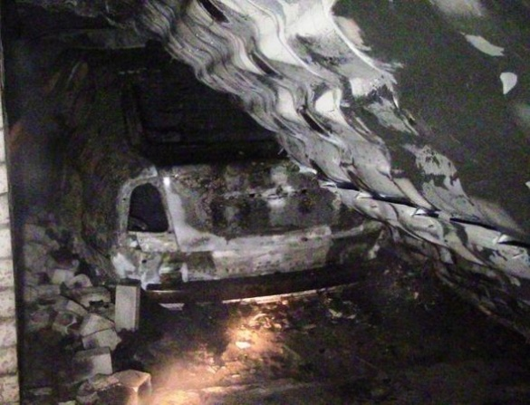 Нічна пожежа в Черкасах знищила автомобіль