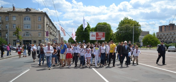 Гучні події, що сталися на Черкащині: містяни у вишиванках та ремонт доріг