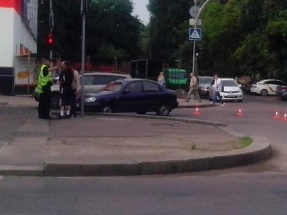На місці вчорашньої ДТП по бульвару Шевченка сталася ще одна (ФОТО)