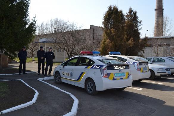 Нетверезого водія та його пасажирів у Черкасах вгамовували 6 екіпажів патрульних