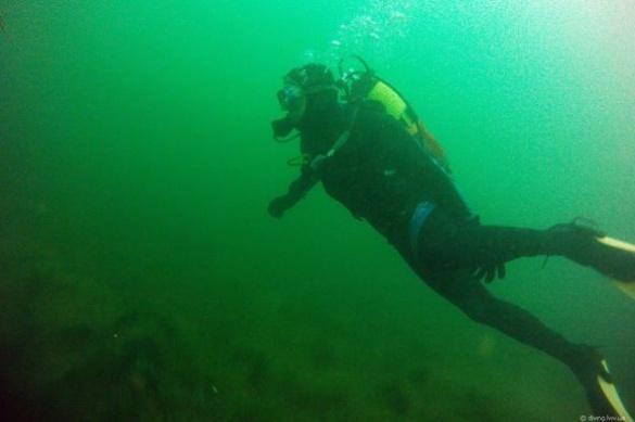 Черкаські дайвери розповіли, що приховують глибини Дніпра